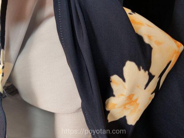 エディストクローゼットの春服の花柄