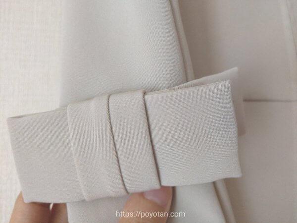 ブリスタのFOXEYワンピース白のリボン部分