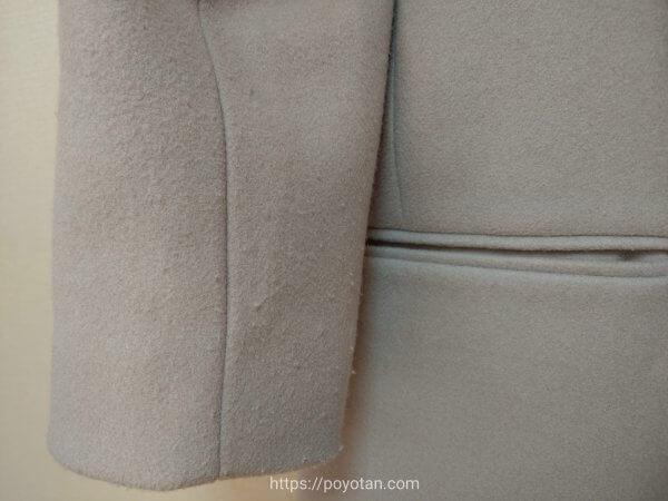 エディストクローゼットのコートの毛玉