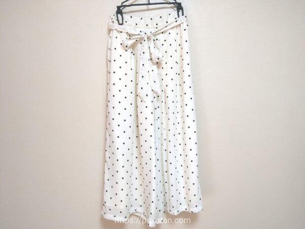洋服:ワイドパンツ