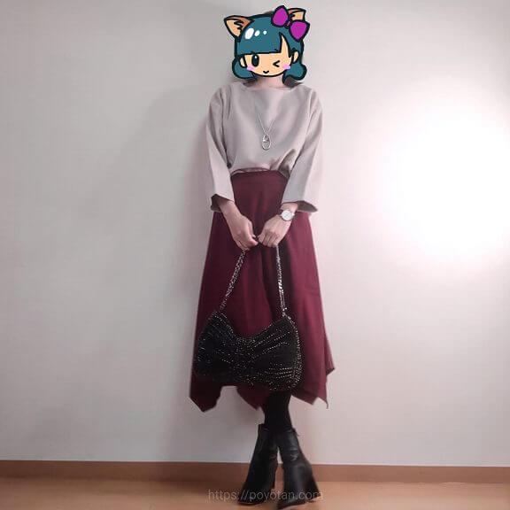 エディストクローゼットのプルオーバーとスカート